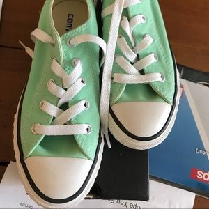 Youth Converse